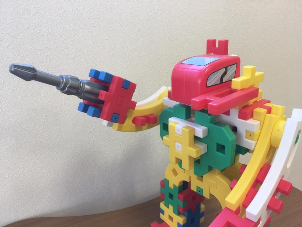 【ニューブロック】こどもが遊べるロボットを簡単にかっこよく作る方法