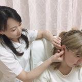 耳つぼマッサージ施術